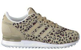 adidas-zx-700-damen-sneaker-veloursleder-gummi-beige